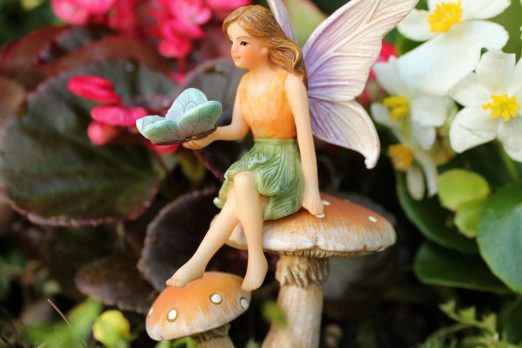 Garden Fairy And Mushroom Stand Set