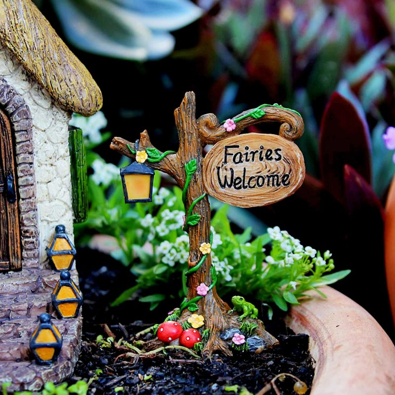 Enchanted House Set - Fairy Garden Houses 1